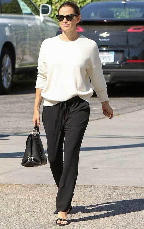 Jennifer Garner Street Fashion