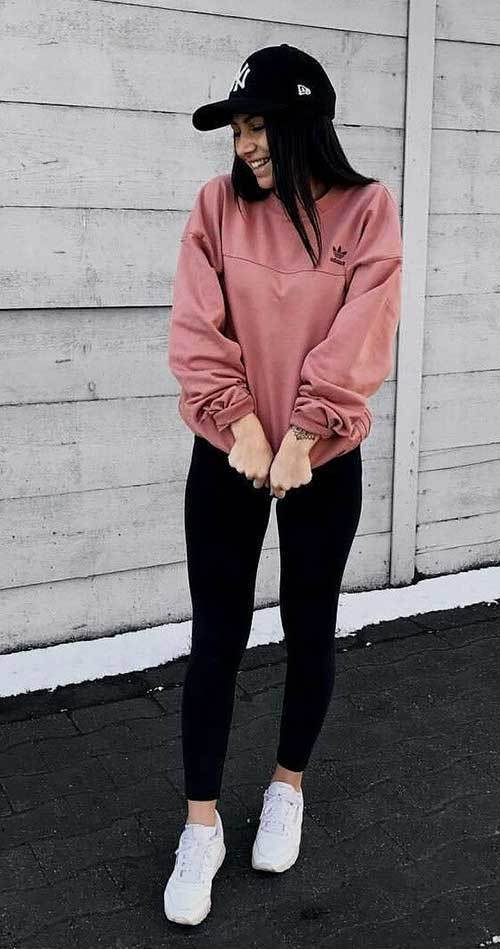 Back to School Oversized Sweatshirt Outfits for Girls