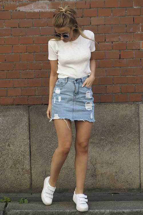 Ripped Denim Outfit for Women