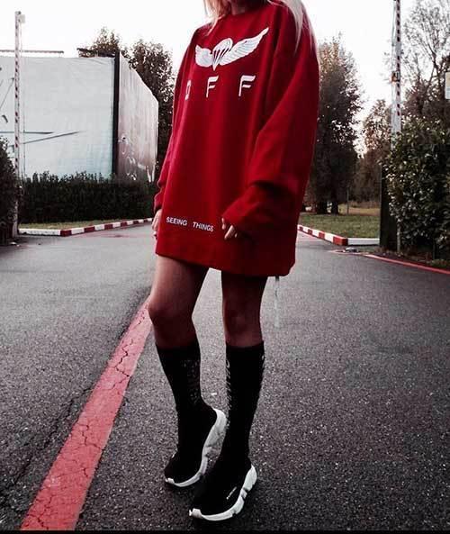 Big Hoodie Sock Sneaker Outfit Ideas-10