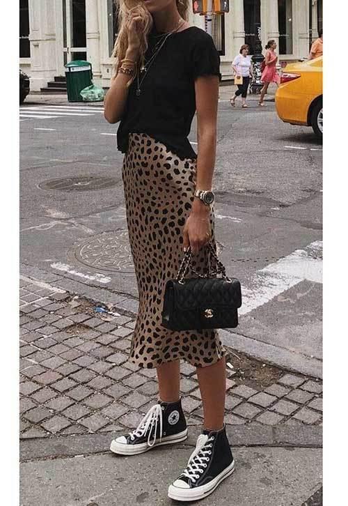 High Waisted Leopard Skirt Outfit Ideas-14