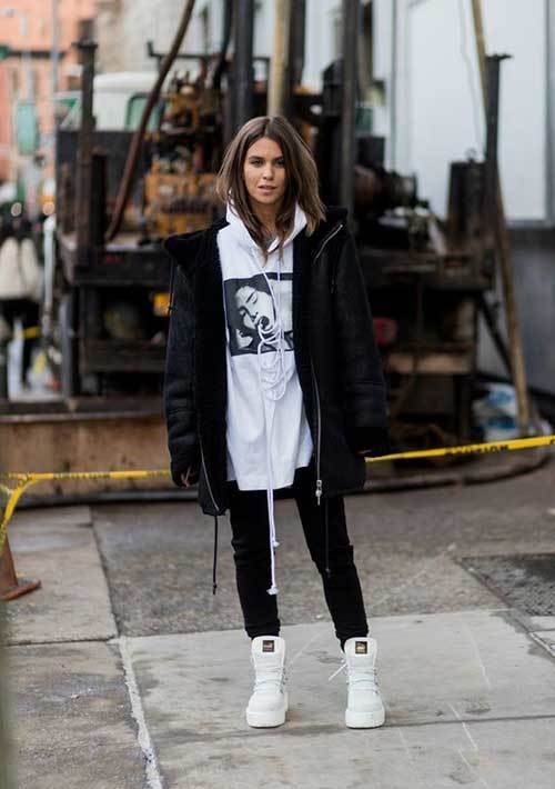 Cool Big Hoodie Outfit Ideas-15