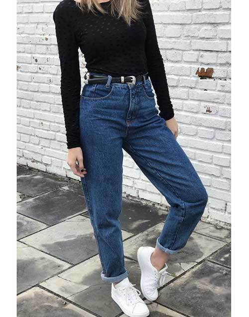 Black Top Mom Jean Outfit Ideas-16