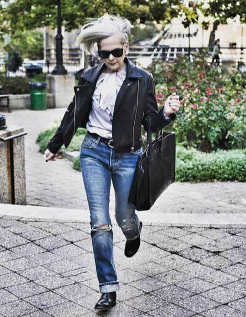 Smart Outfits for Older Women-16