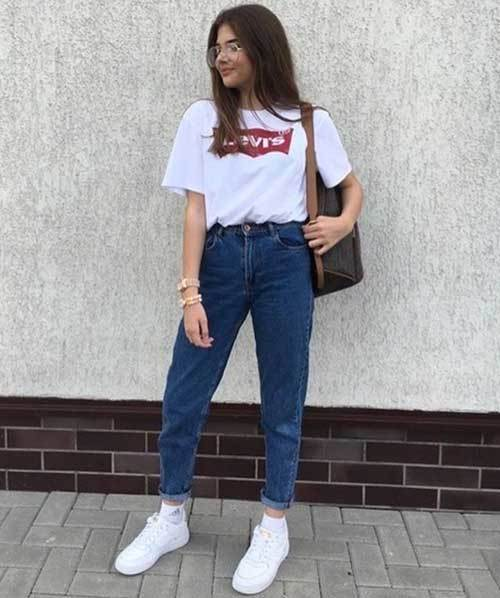 Retro Mom Jean Outfit Ideas-18