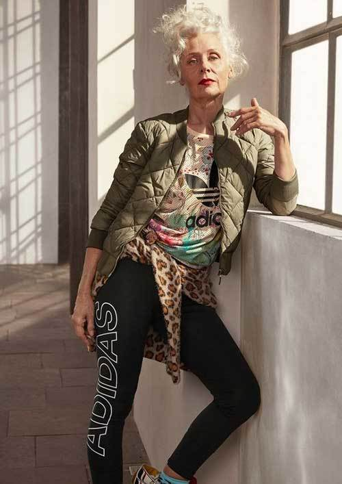 Young Look Outfits for Older Women-20