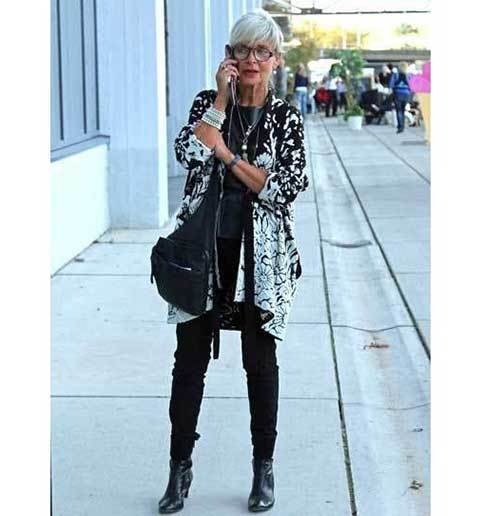 Mature Outfits for Older Women-22