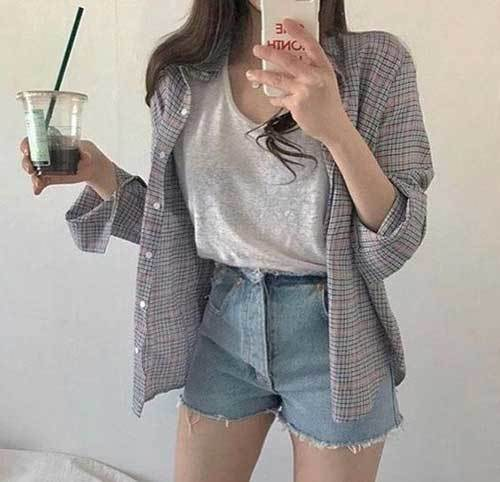 High Waisted Shorts Outfit Ideas-24