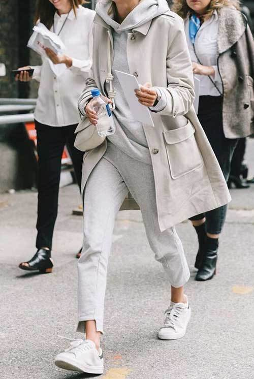Big Hoodie Trench-Coat Outfit Ideas-8