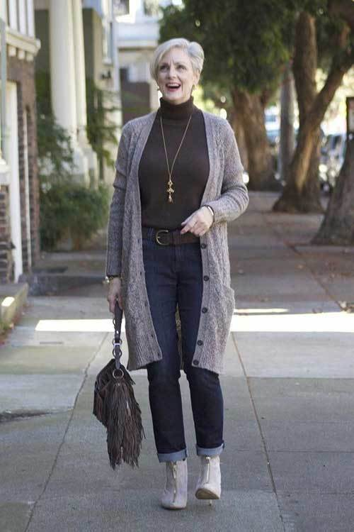Outfits for Older Women Over 50-9