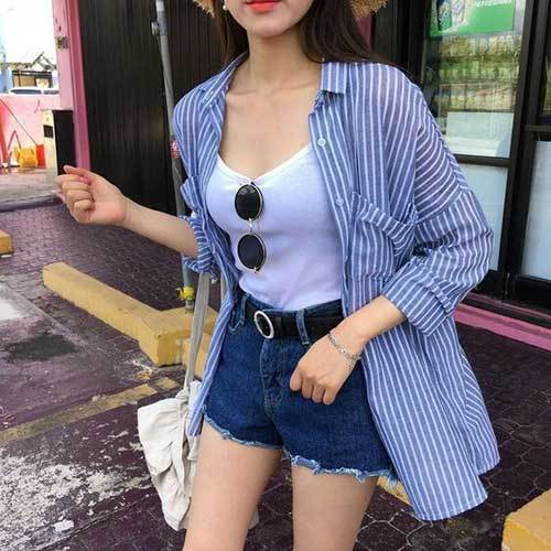 High Waisted Shorts with Black Belt Outfit Ideas