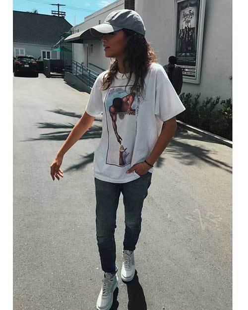Zendaya Street Style Denim Outfits 2019