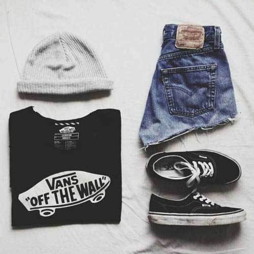 Sporty Shorts Outfits for School-14