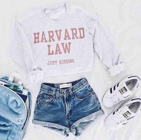 Summer Cropped Sweatshirt Outfit Combinations-30