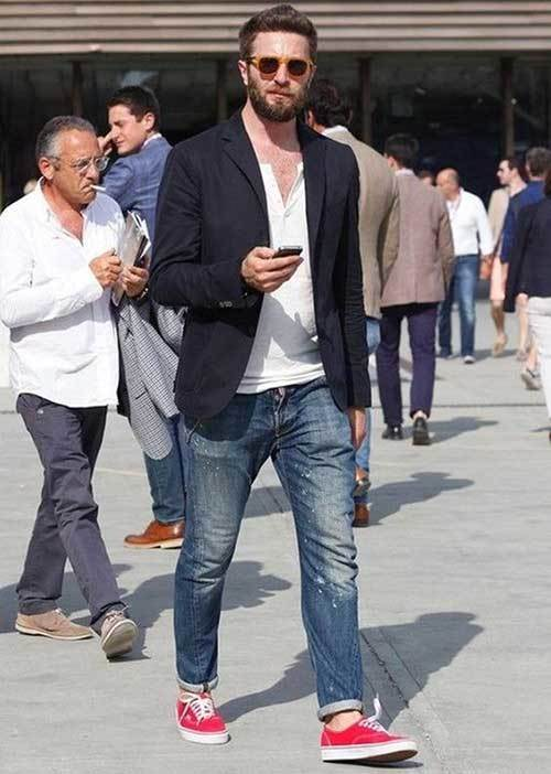 Simple Street Style Jeans Outfits for Men-9