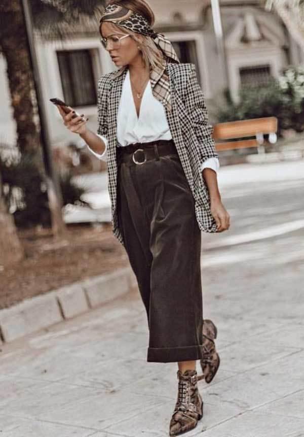 Wide Legged Capri Pants Outfit-13