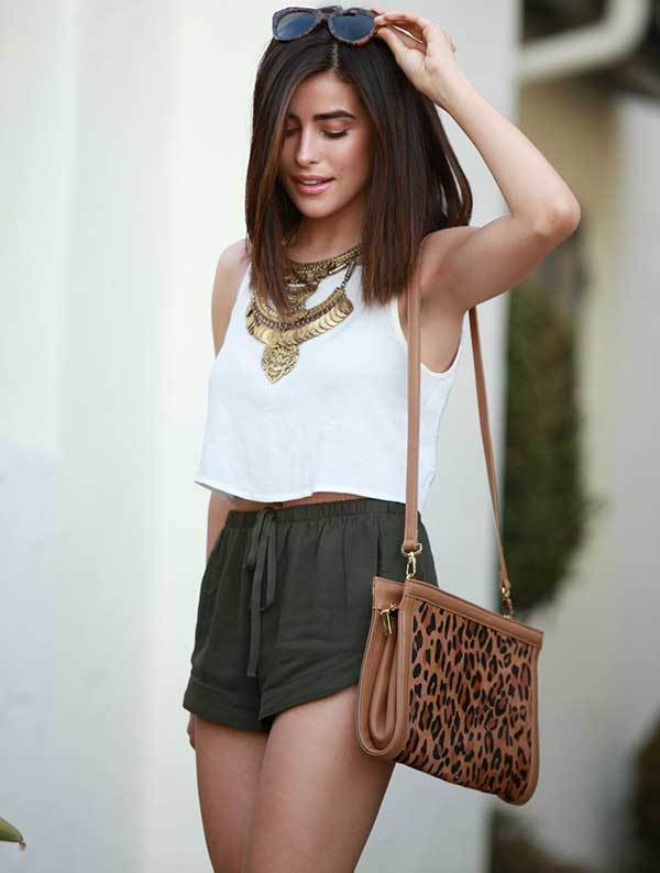 Linen Shorts Summer Outfits for Women-45