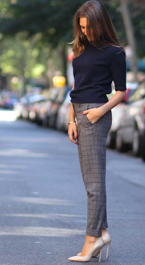 Plaid Trousers Work Outfit Ideas-9