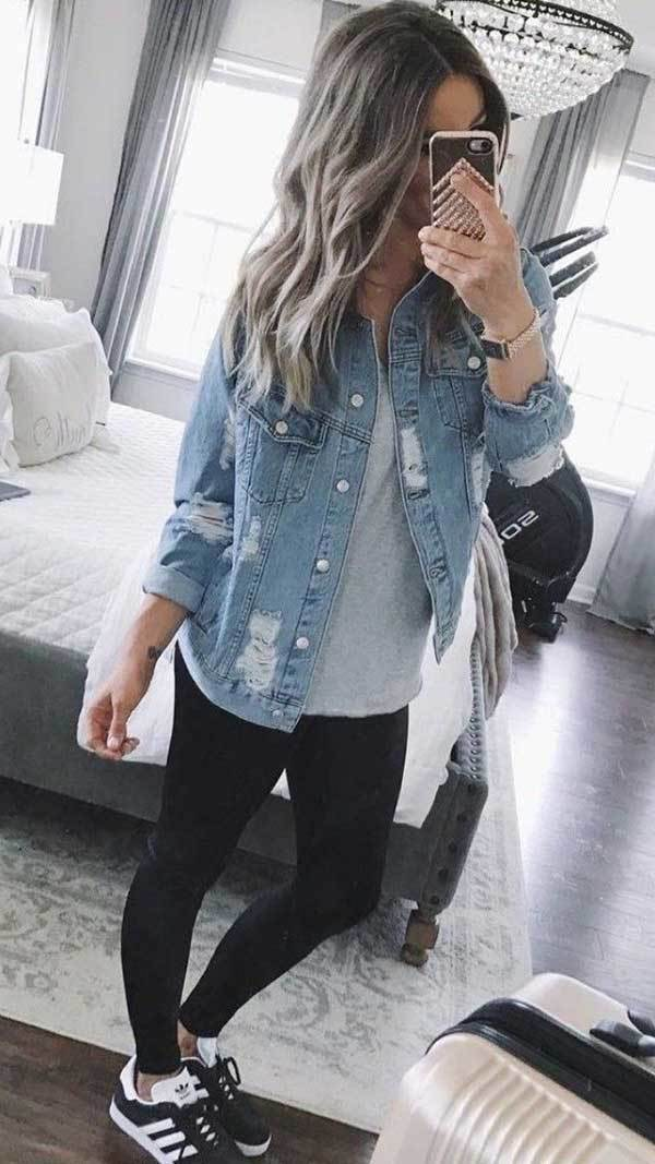 Casual Spring Outfits with Sneakers