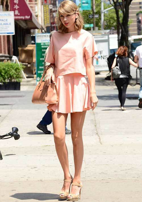 Taylor Swift Street Style Outfits