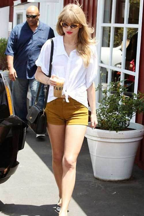 Taylor Swift White Shirts Outfits