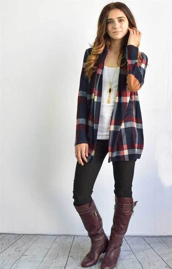 Brown Boots Outfit Ideas with Leggings