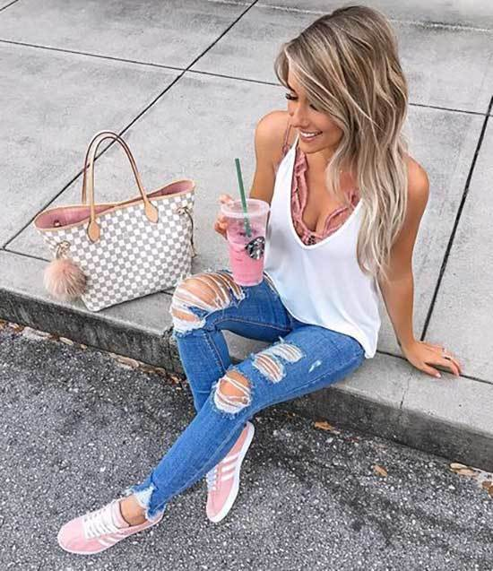 Cute Outfits with Light Blue Jeans