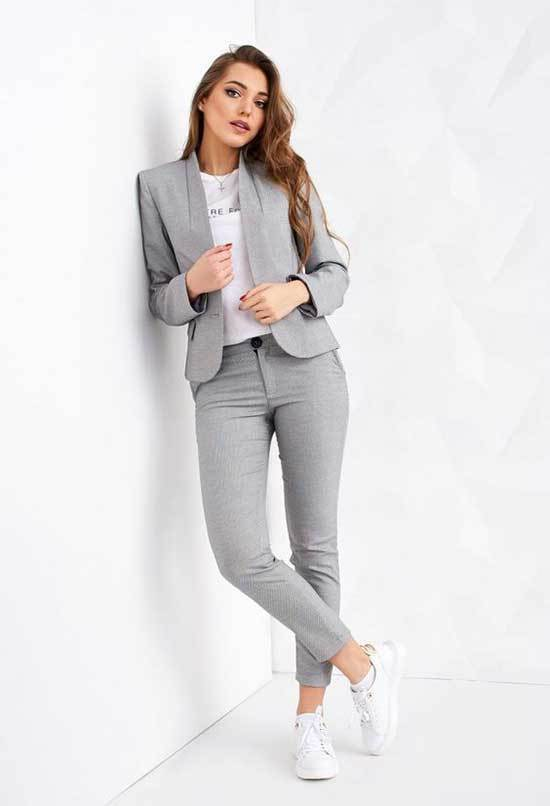 Simple Office Grey Suit Outfits