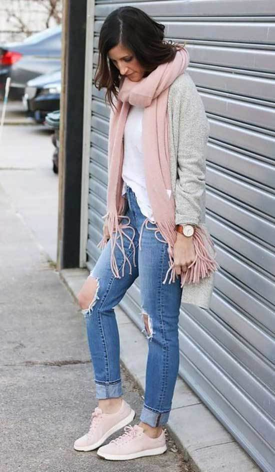 Sneakers Spring Outfit