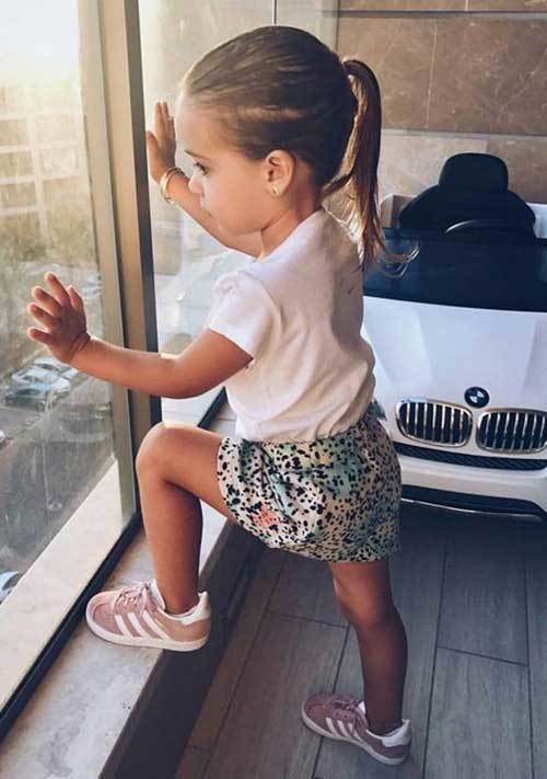 Cute Little Girl Pink Sneakers Outfits-19