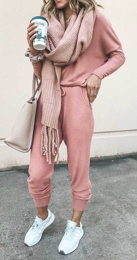 Pink Fall Outfit Ideas