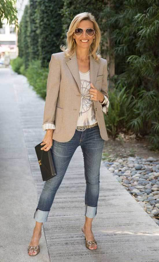 Classic Fall Outfits for Women Over 50