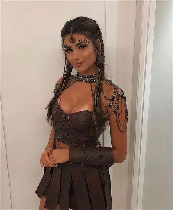 5 Last Minute Halloween Costumes for Party Girls - Outfit ...