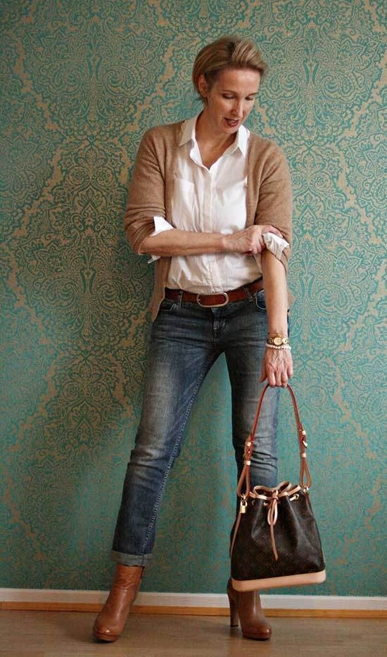 Trendy Fall Outfits for Women Over 50