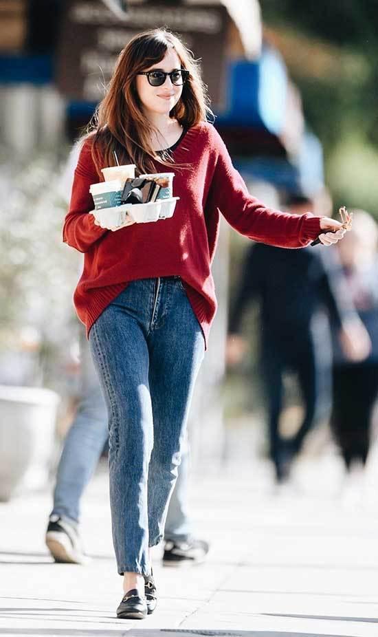 Dakota Johnson Outfits-27