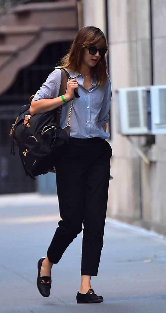 Dakota Johnson Outfits-32