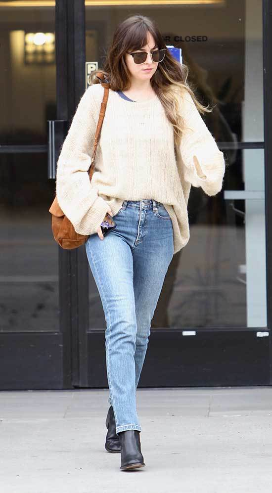 Casual Dakota Johnson Outfits