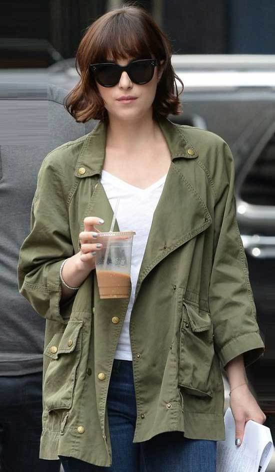 Cute Dakota Johnson Outfits