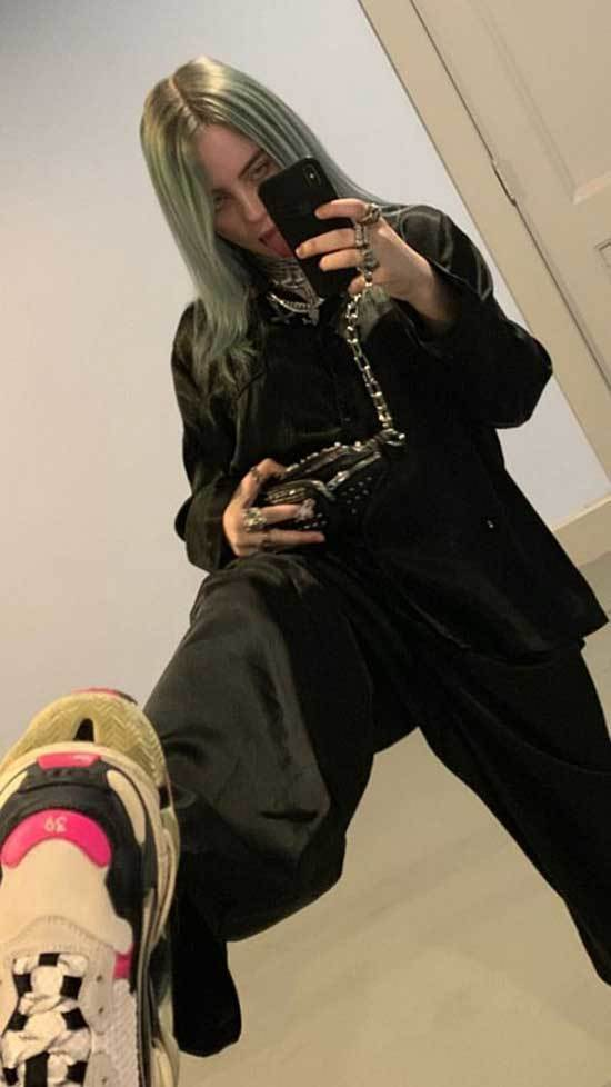 Billie Eilish Outfits-42