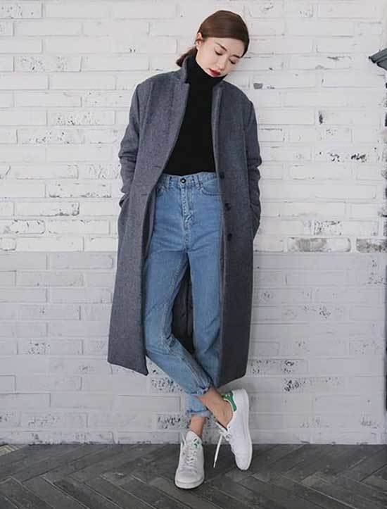 Trench Coat Mom Jeans Outfit Womens-11