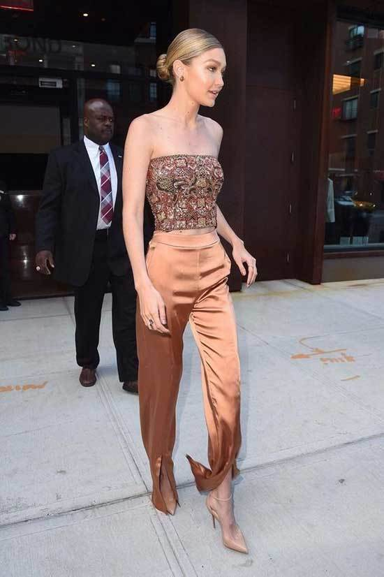 Gigi Hadid Night Out Outfits-12