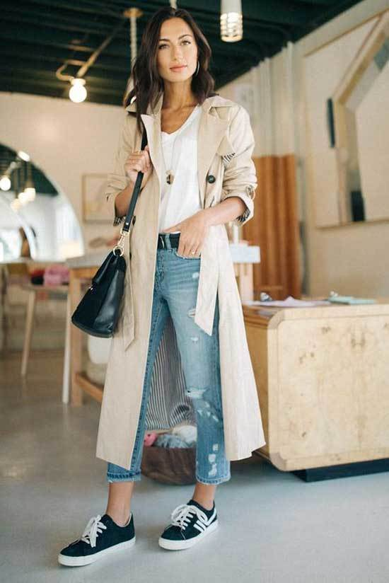 Trench Coat Outfit with Sneakers Women-14