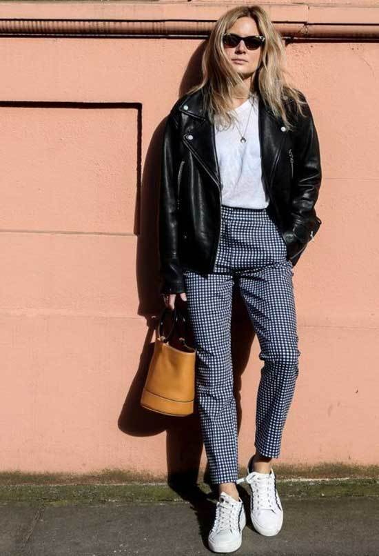 Simple Checkered Pants Outfits-16