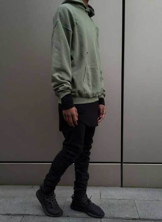 Sporty Outfits for Guys-23