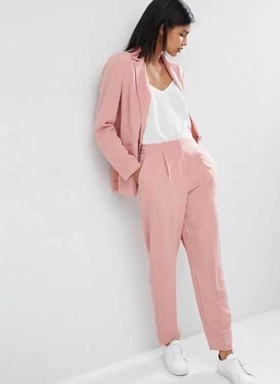 Pink Trousers Outfit 2020-24