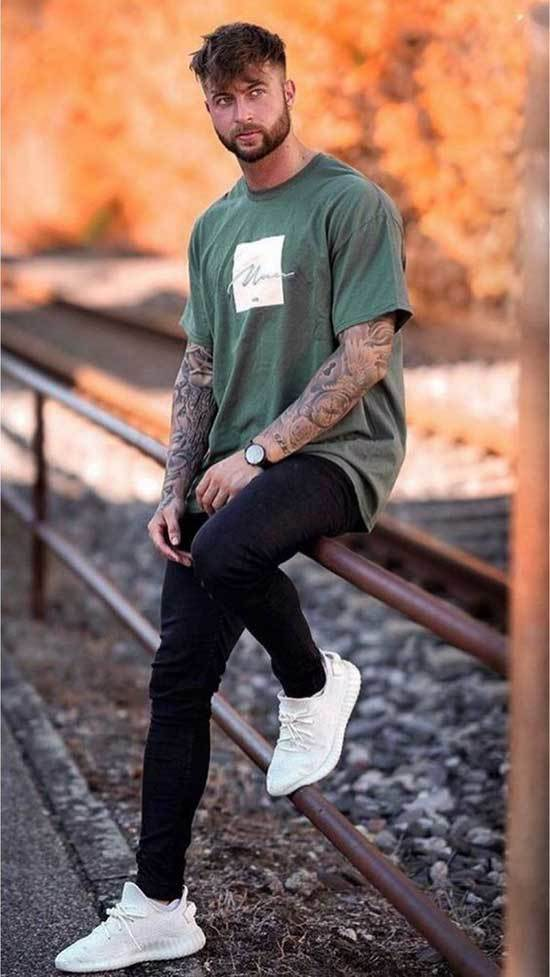 Sporty Outfits for Guys-28