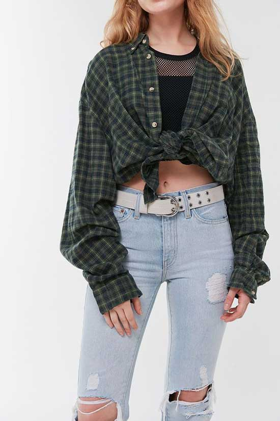 Cute Flannel Tied Shirt Outfits-11