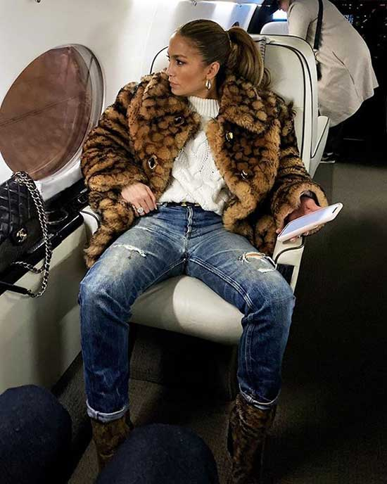 Jlo Fur Coat Outfits-13