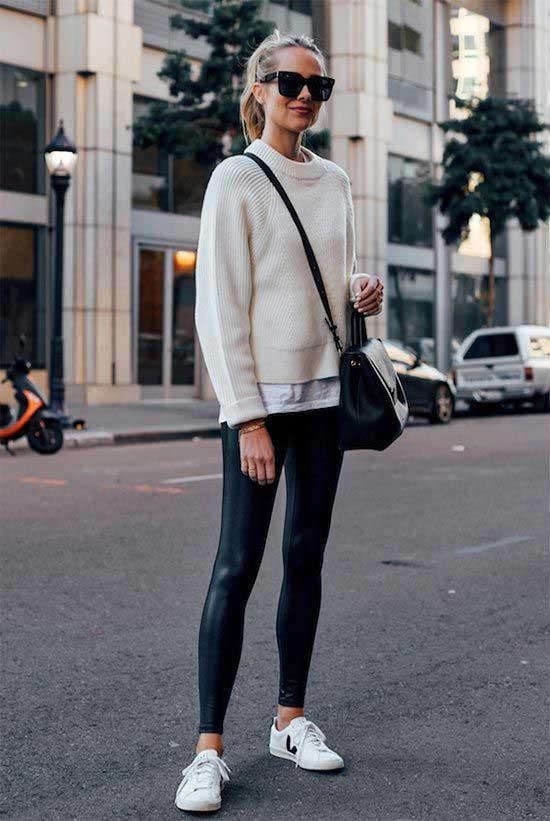 Black Faux Leather Leggings Outfit Ideas-15