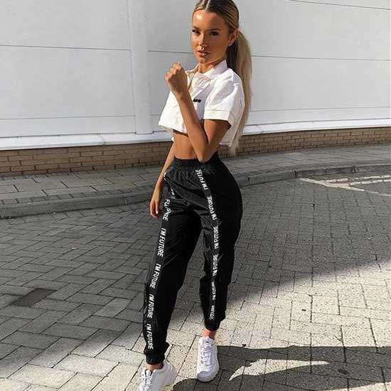 Sporty Jogger Pants Outfits for Girls-16